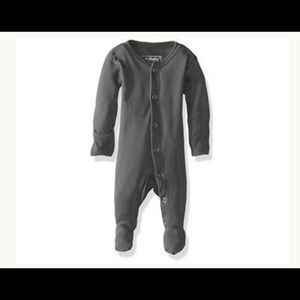 Like new L'ovedbaby organic cotton footies